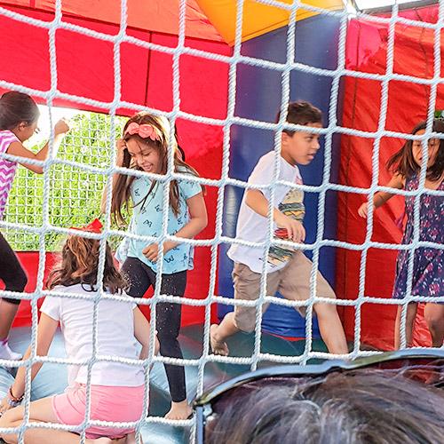 kids jumpin gin bouncy house in ventura